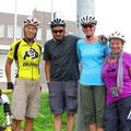 Kurz vor dem Lake Montoudao treffen wir Tatsuya, Katherine und Dan.