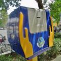 Solche Spendenboxen stehen in den Städten zu Hunderten.