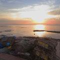 Auch in Kep geht die Sonne wunderschön unter . . .