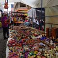 Der Markt in Otavalo ist einer der grössten und schönsten in Südamerika.