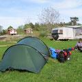 Die Zeltplätze öffnen offiziell erst am 1. Juni.
