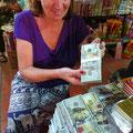 Auf dem Markt in Phnom Pen könnten wir uns mit (falschen) Dollars eindecken.