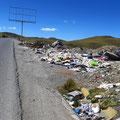 DAS Peru stinkt uns gewaltig. Auf dem Weg nach Cerro de Pasco.