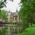 Schloss Darfeld im Kreis Coesfeld liegt direkt am R1.