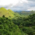 Chocolate Hills, mehr als 1200 solche Hügel gibt es auf Bohol.