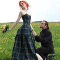 Kariertes Brautkleid