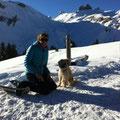 Sira auf Schneeschuhtour / randonnée en raquettes de neige