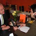 Interview mit dem EU-Parlamentarier Hans-Peter Martin. - Vielen Dank an János Fehérváry für das Foto!