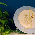 チャイナペインティング・絵付け・大手クルージング会社レストラン 飾り皿