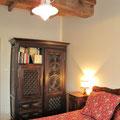 Iribarnia - Gite Atherpetxea - mobilier chambre côté est