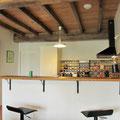 Iribarnia - Gite Atherpetxea - bar de la cuisine