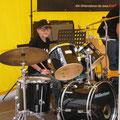 Andrea Weinke Groß Laasch 08 Der Schlagzeuger Porzellanbilder Grabbilder Tierfriedhof  Anhänger