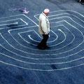 im Futura Eingang - für die, die mögen, ein meditativer Gang zur Mitte