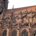 Freiburger Münster, rechtes Seitenschiff; © Foto Dr. Peter Diziol