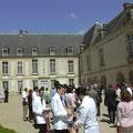 Cour d'honneur du Château des Princes de Condé : 800 m² env. [cliché Château de Condé - DR - Condé en Brie - Sud Aisne 02]