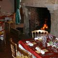 Ambiance chic et festive dans la salle du Ministre - Château de Condé, en brie champenoise de Picardie [cliché Château de Condé - AyPR - Condé en Brie - Sud Aisne 02]