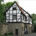 Als im 17. und 18. Jahrhundert die Pest  in Werne wütete, oblag die Aufgabe der Pflege der Kranken den Mönchen. Ein Teil des Klosters, das Pesthäuschen, erinnert noch heute daran.