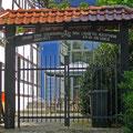 Altes Tor oder Hofeinfahrt. Gesehen am Karl Pollender Museum.