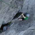 Rock climbing in Squamish: Machmal ist man geradezu dankbar für einen soliden Halt.