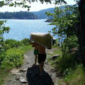 Paddeln in Kanada: Portagenhelfer der alten Schule...