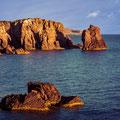 Interessante Felsformationen an der Steilküste
