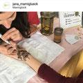 """Meine erste Henna Bemalung von """"Hennaful_HH"""" ~ https://www.instagram.com/hennaful_hh/ ~ auf dem """"Orient meets MamiGlück"""" Event im März 2019 im """"MamiGlück"""" in Hamburg (Barmbek-Nord)! http://mamiglück.de/"""