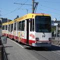 Siemens GT6N 1014 beim Hauptbahnhof (21.05.2007).