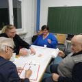 Heidi schreibt und Siggi räumt Karten