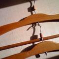古いハンガー。磨いて素敵になりました。