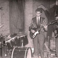 THE SKYLIGHTS - Café Smerdiek, Markt, St. Maartensdijk - 1964 vlnr: Kees Vermeulen, Johan Geluk en Marcel Vinjé