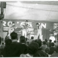 THE INSTIGATORS on stage tijdens talentenjacht De Gouden Micro, voorronde Drieslinter, Vlaams-Vlaanderen, augustus 1965.
