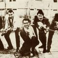 THE POETIRAY BROTHERS vlnr: Stanley Poetiray - Ruben Poetiray - Edu Schalk - Ben Poetiray - Lionel Poetiray