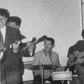THE ROCKIN' TEENS - 1e optreden in de Graanbeurs in Breda - sept. 1957 - rie Mosies, Henk Denkers, Ferry Beckman Lapré en Henny Breukers.