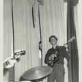 Rudy Musch met zijn Fender Jaguar (1965)