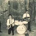THE INSTIGATORS (St. Josephhuis, Roosendaal 18-10-1963) vlnr: Toon van Dodewaard - Edwin Musch - Eddy Ponjee - Rudy Musch