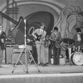 THE OP-SOUND tijdens KRO songfestival I LOVE in Schouwburg De Kring, Roosendaal op 20 april 1968. vlnr: Piet van Trijp - Fred Baarda - Bas de Ridder - René de Kok