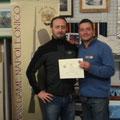 """Premiazione del miglior """"Divisionale"""" 2011: Silvio Scotti che riceve un attestato con medaglia"""