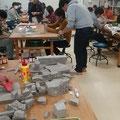 北海道文教大学の作業療法士さんの授業で軟石加工
