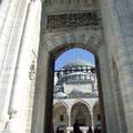 Aussichten und Einsichten in die Moscheen dieser Stadt