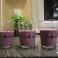 Blaubeerenmilchshake,Beeren,Kefir,Sojamilch,Basilikum