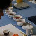 ブレンド講座の一コマ。今回は、ベースのお茶は4種類でした。