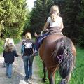 abwchselnd durften die Voltis aufs Pferd