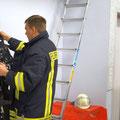 Am Feuerwehrhaus angekommen wird zuerst die Einsatzbereitschaft wieder hergestellt und dann erfolgt der Dienstschluss.