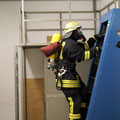 """Auf der """"Endlosleiter"""" muss der Feuerwehrmann eine bestimmte Strecke zurücklegen."""