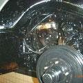 Vorderes rechtes Radhaus mit Bremsanlage fertig geschützt
