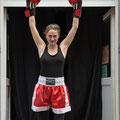 Bitch Boxer Cecilia Amann