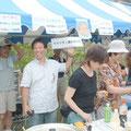 2006年 2525フェスティバル ベイシティ新浦安自治会はいそべ焼きとじゃがバターを販売