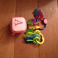 € 3,00 Babyspeeltjes 3 stuks