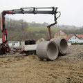 21.11.2012: Expresslieferung der Rohre für den Kindertunnel