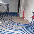 16.11.2012: Fußbodenheizung im Technikraum